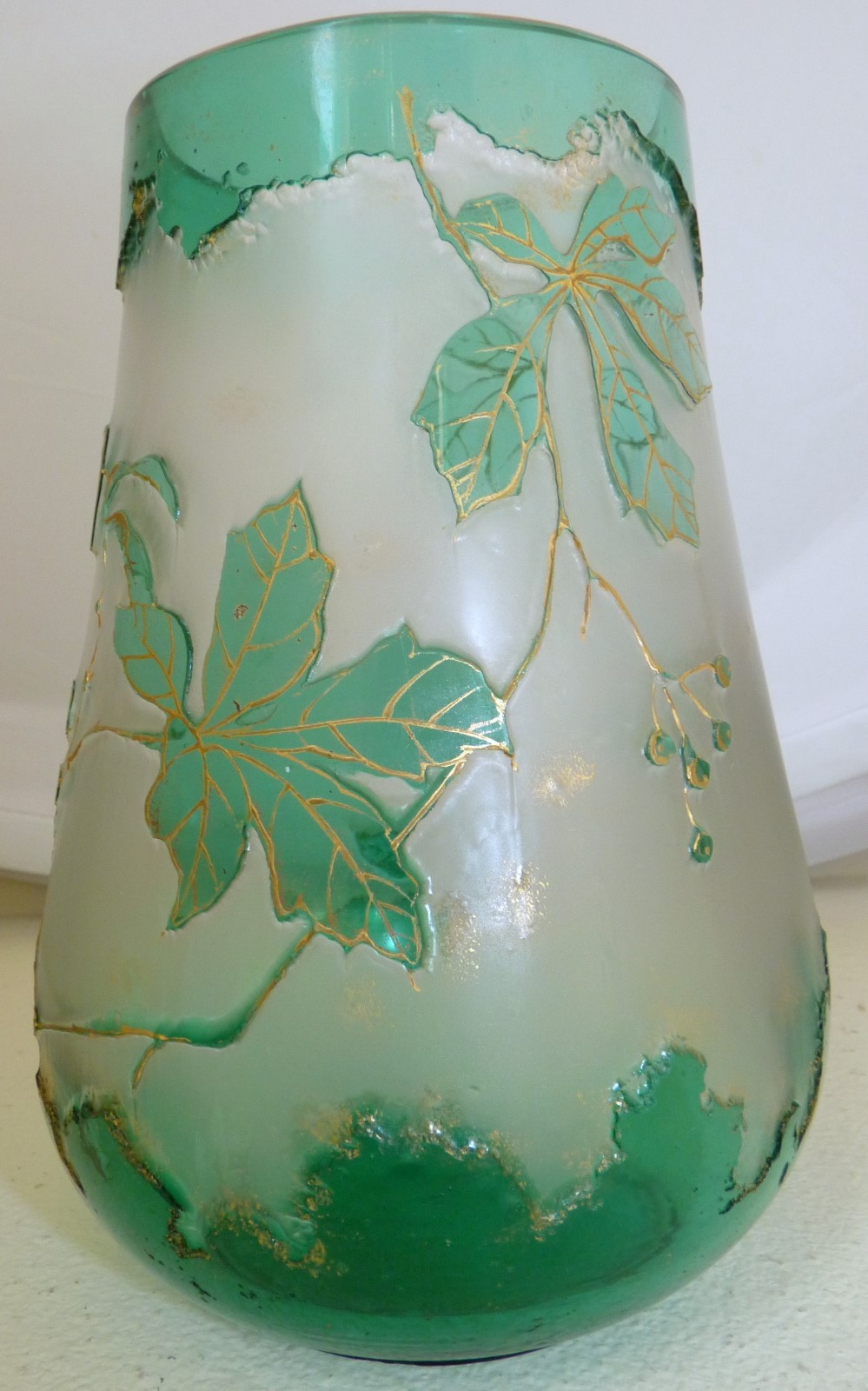 Thegildedcurio Com Art Nouveau Cameo Harrach Glass Vase